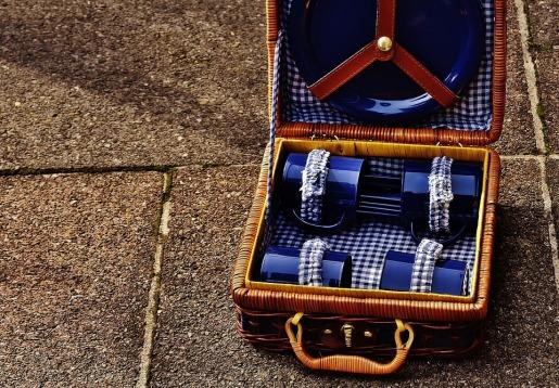 picnic-suitcase-1738694_960_720